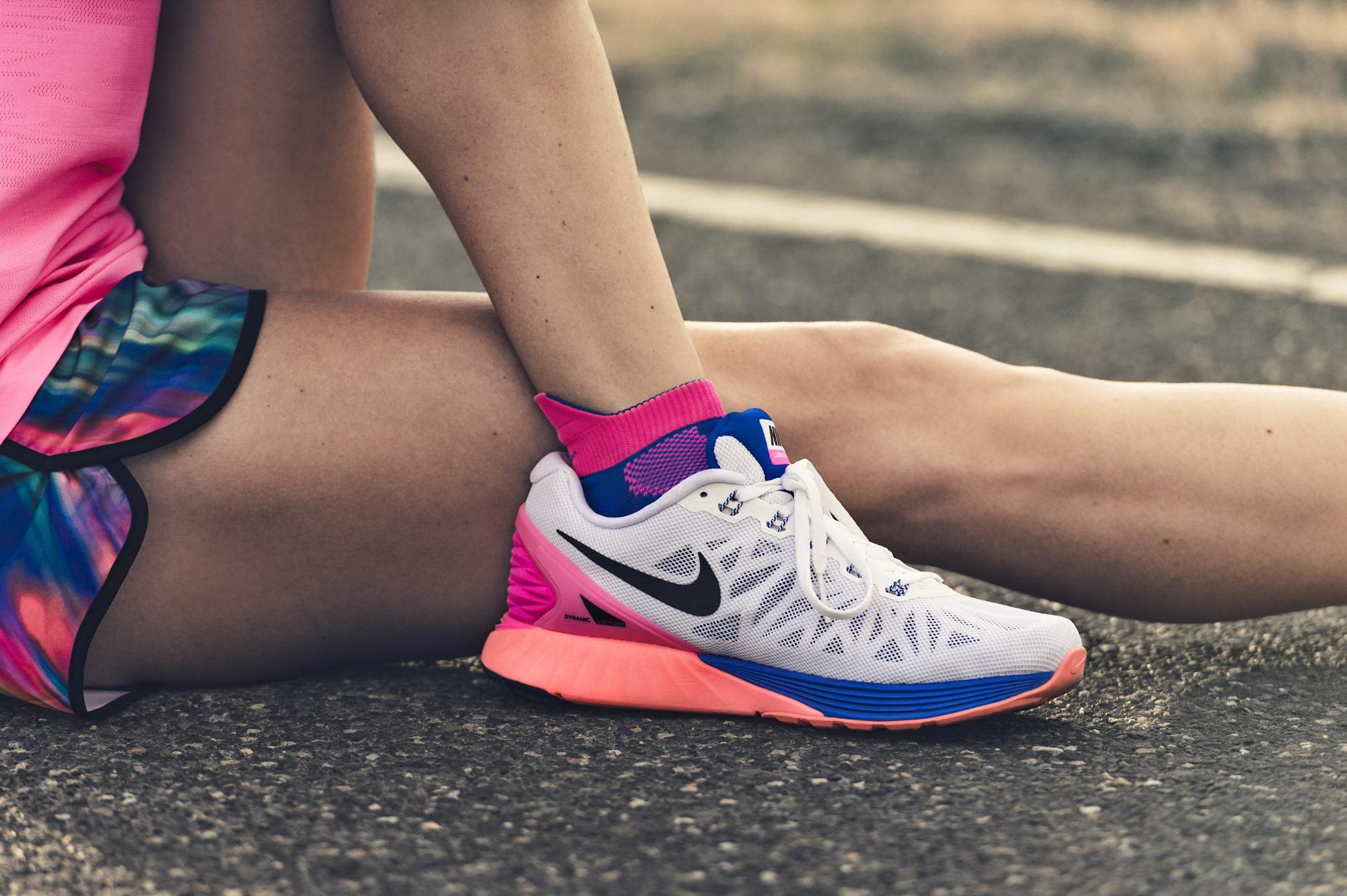 Кроссовки на ноге